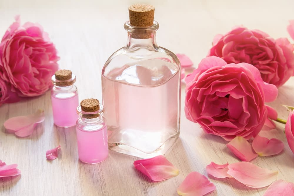 Leau de rose et ses bienfaits